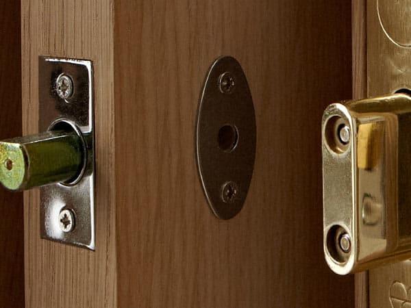 Cambiare serratura porta blindata stunning beautiful with - Costo serratura porta ...