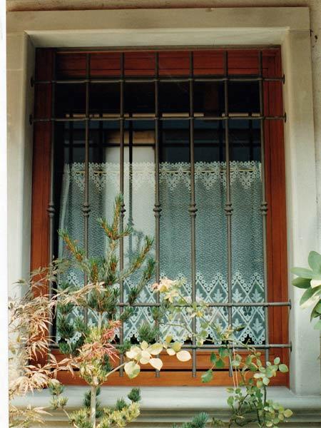 Inferriate di sicurezza monza brianza sesto san giovanni - Grate finestre prezzi ...