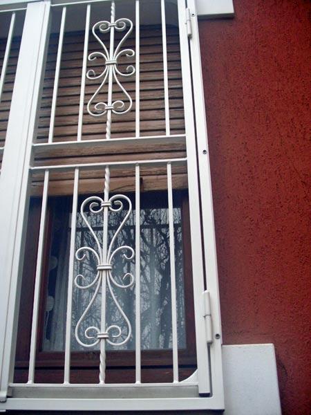 Grate-per-finestre-Monza-brianza